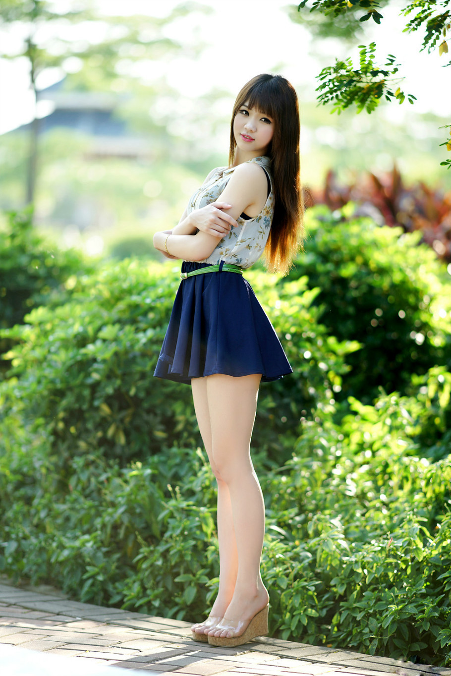 17岁清纯美女
