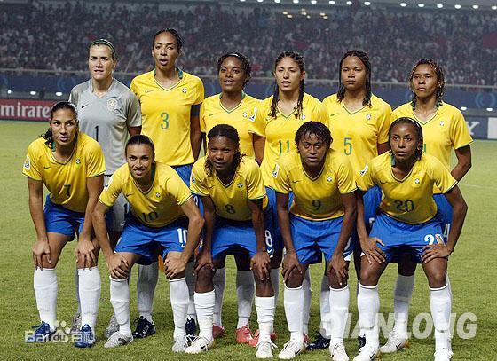 巴西女子足球队图片