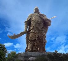 将军山关公像