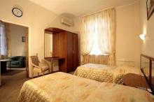 马克西玛扎尔亚酒店