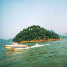 临安青山湖风景照
