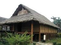 炭化木木楞房子