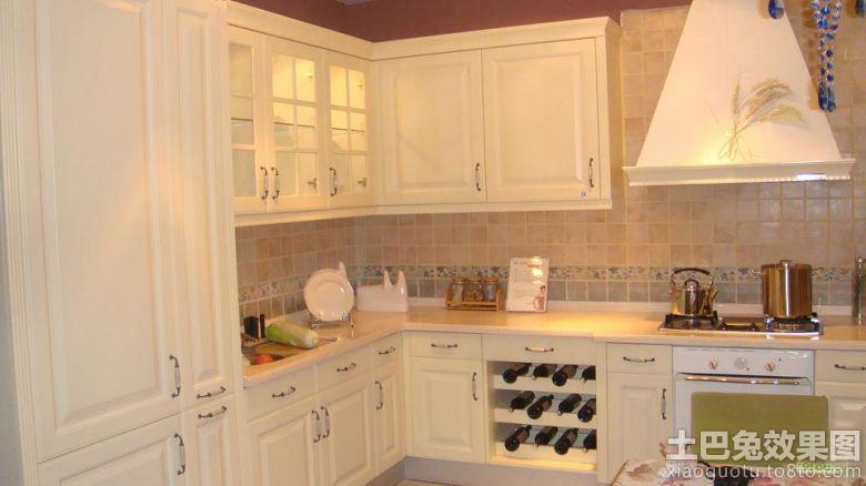 家庭厨房欧式实木橱柜装修效果图
