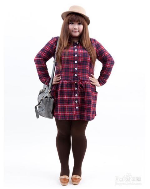 胖女孩的穿衣搭配技巧图片