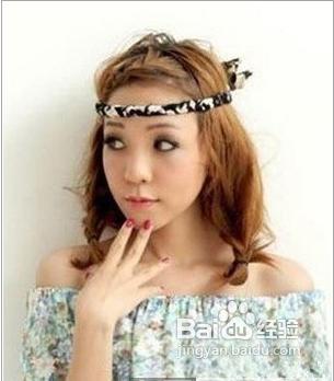 可是让大家都关注了这个叫苏青的女孩儿,波西米亚风格的发型设计,非常