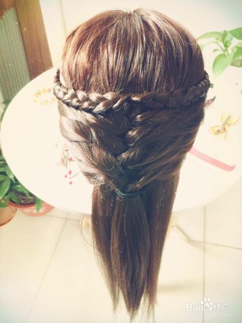 头发怎么扎好看图片
