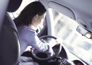 女人开车需要注意那些方面