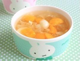 银耳润补汤的做法  秋季如何养生
