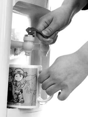 怎样给饮水机消毒