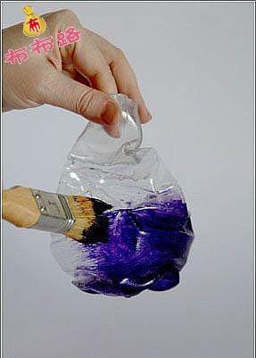 画出花边花纹 6.装饰瓶口 7.塑料瓶,矿泉水瓶改创意花瓶完成图片