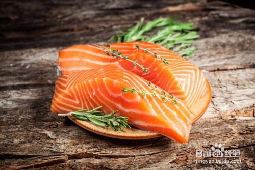 生活/家居 购物 > 选购技巧  1 三文鱼就是鲑鱼,经常被用来做成生鱼片