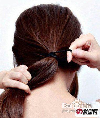 并从龙尾上部取出一束头发进行备用.图片