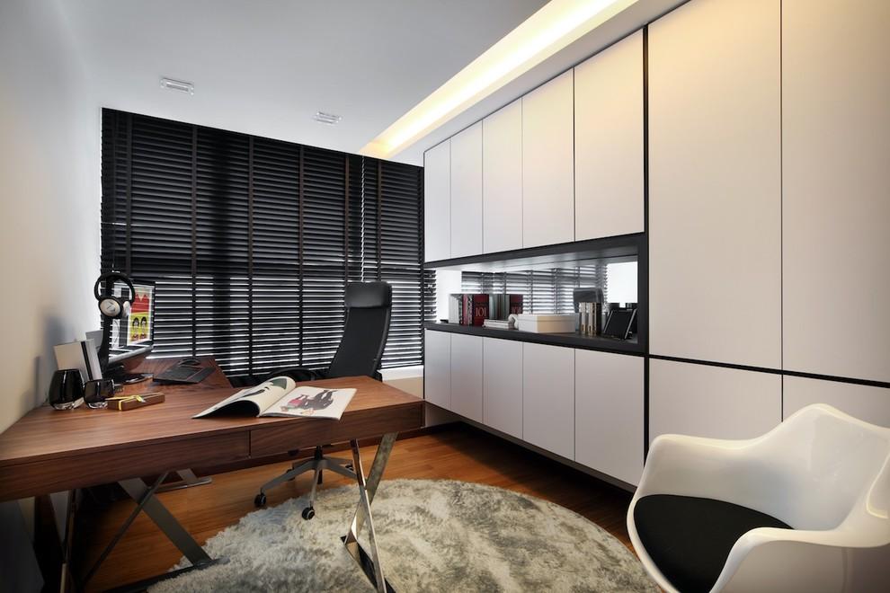 2013现代风格小户型简洁最新书房书柜书桌百叶窗帘装修效果高清图片