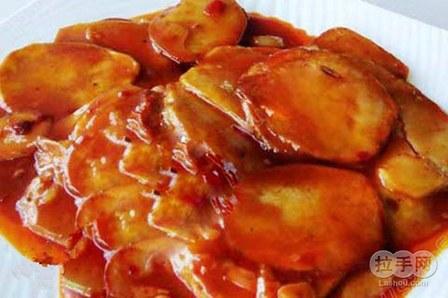 捞汁什锦   茄花鸽蛋   肉丝脆笋   三鲜浇汁日本豆腐   汉阳土豆片   汉阳