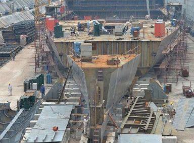 """实拍四川在建同比例""""泰坦尼克号"""""""
