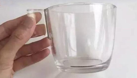 宜家水杯爆裂炸断女子门牙!这些玻璃杯千万别买