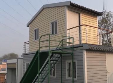 安徽一大叔为农民工发明折叠别墅