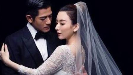郭富城方媛庆祝结婚周年