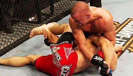 拳击比赛中最致命的犯规!这种痛苦无法用语言形容