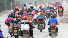 航拍浩浩荡荡摩托车大军 几十万人骑摩托返乡