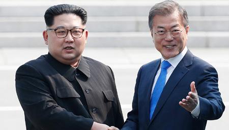 韩朝领导人共同阅兵