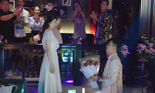 《倾城时光》第16集看点:陈铮恶作剧顾延之借机求婚