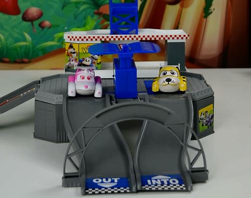 布隆家族雷达滑行轨道,布隆家族,咘隆家族,阿紫玩具