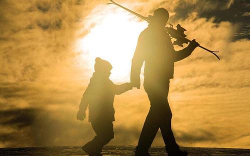 歪歌社团:歪歌《父亲》唱响重阳,祝天下父母节日快乐