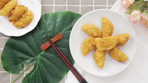 春龙节吃龙胆,色泽金黄的油炸糕寓意平安吉祥