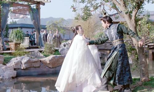 《小女花不弃》第7集精彩看点:陈煜在七王爷面前当众给不弃下马威