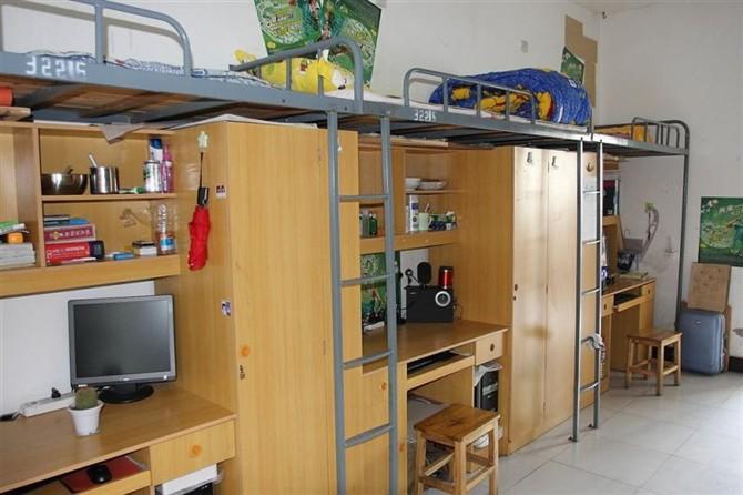 湖南工艺美术职业学院的宿舍图片