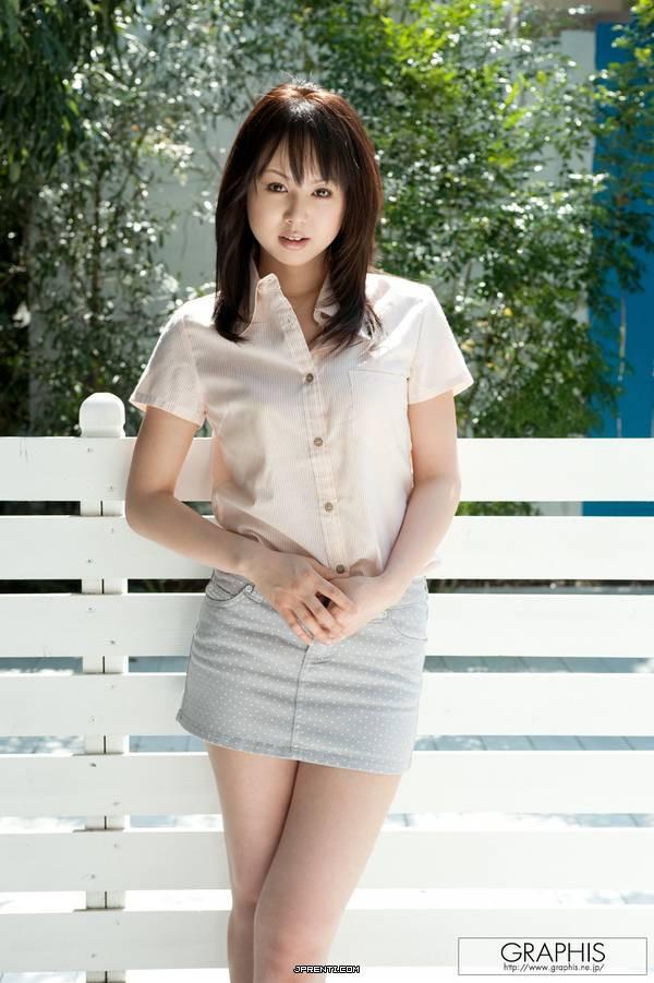 日本最大胆人体性囹d)_请问这位美女(貌似是人体模特)是谁?正确答案追分!