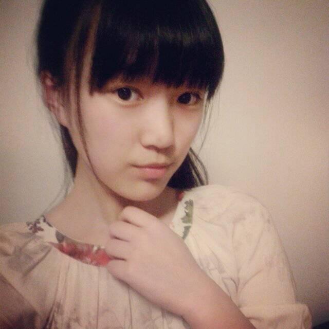 17岁很普通的女生照片