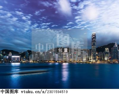 香港维多利亚港购物
