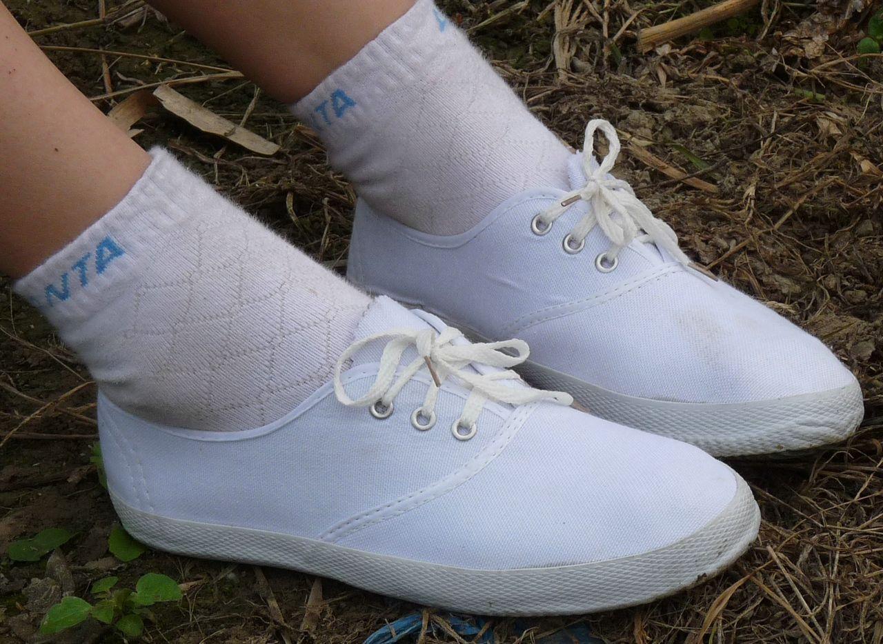 白帆布鞋怎么洗_帆布鞋 鞋 鞋子 1280_934