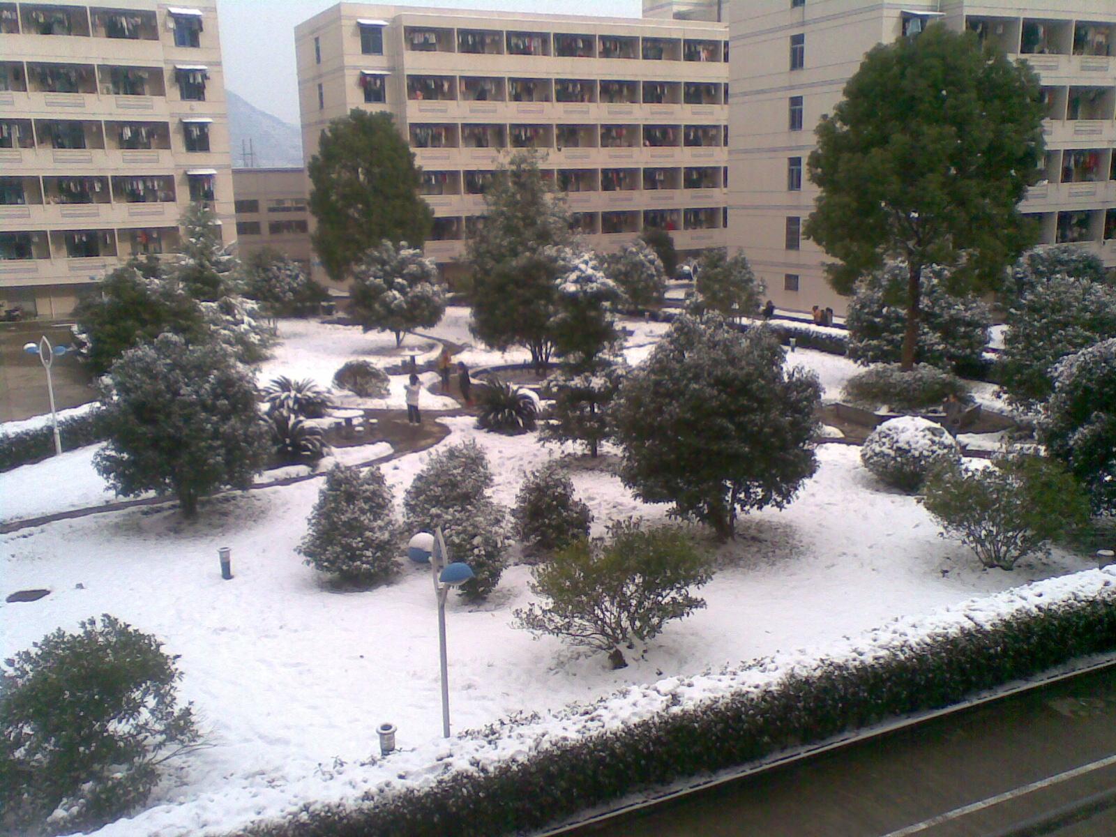 求台州学院临海校区宿舍图片,感激不尽!图片