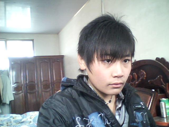男孩12岁发型 高清图片
