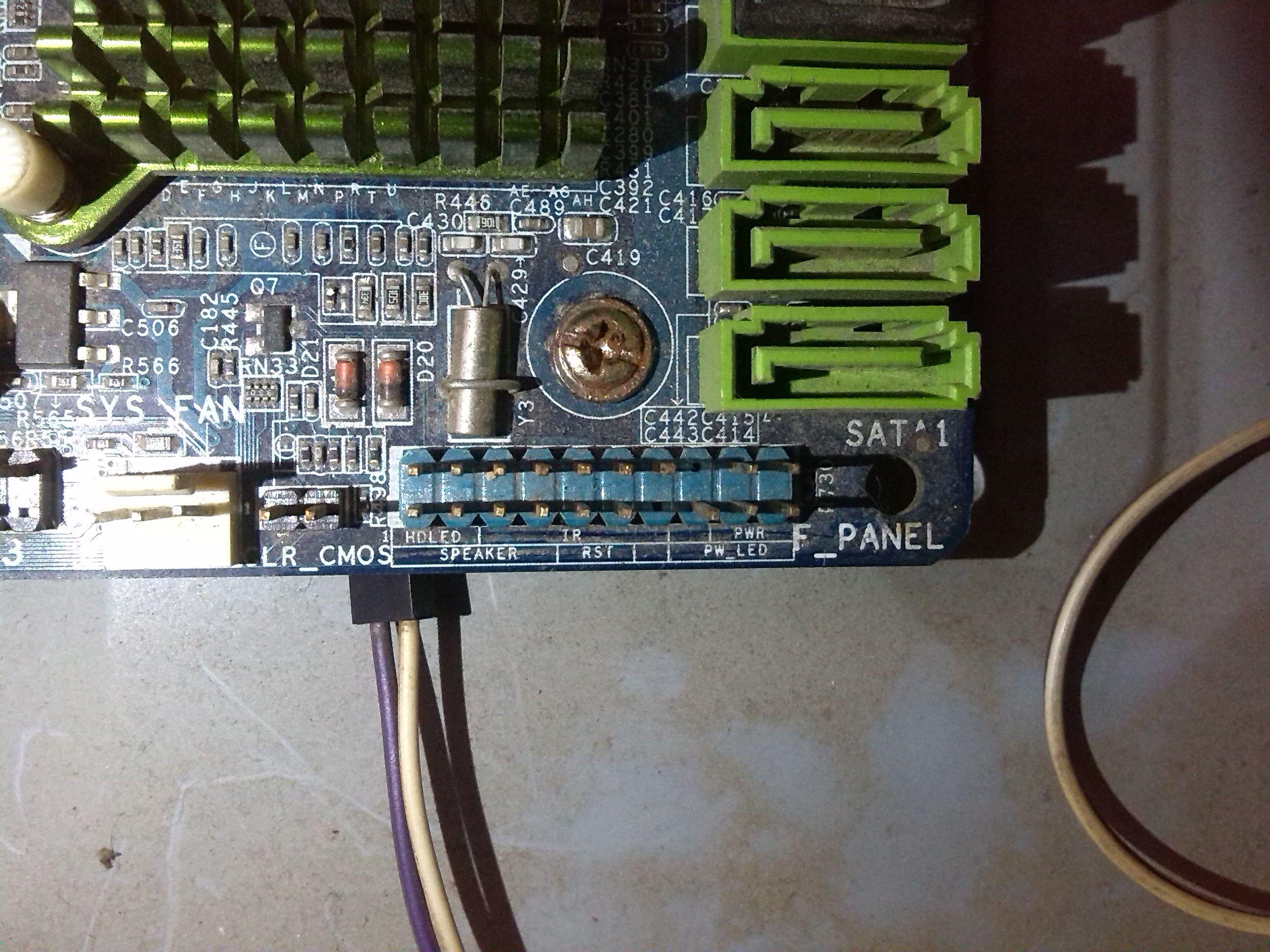 -ig41m3主板怎么插机箱 开机 线啊 主板跳线插法; -电脑主板示意图片