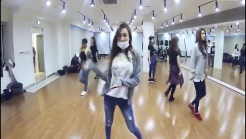 的练习室舞蹈视频