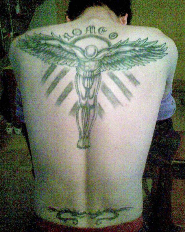 想去当兵,后背的纹身可以洗掉吗?(有图~)图片