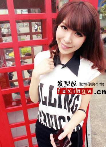 微卷长发烫发,清新唯美,内蓬的薄刘海甜美减龄,棕红色系的高清图片