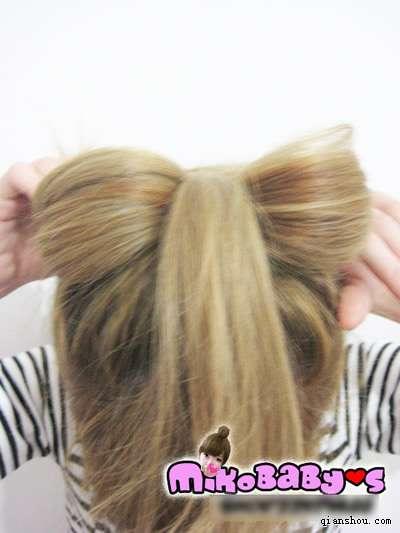 有木有12岁女孩中等头发扎的发型(盘发)? 最好是简单图片