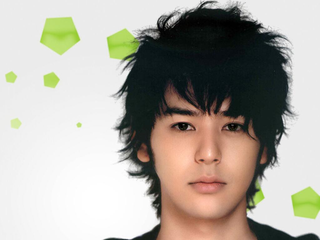 请问这个日本明星是谁?