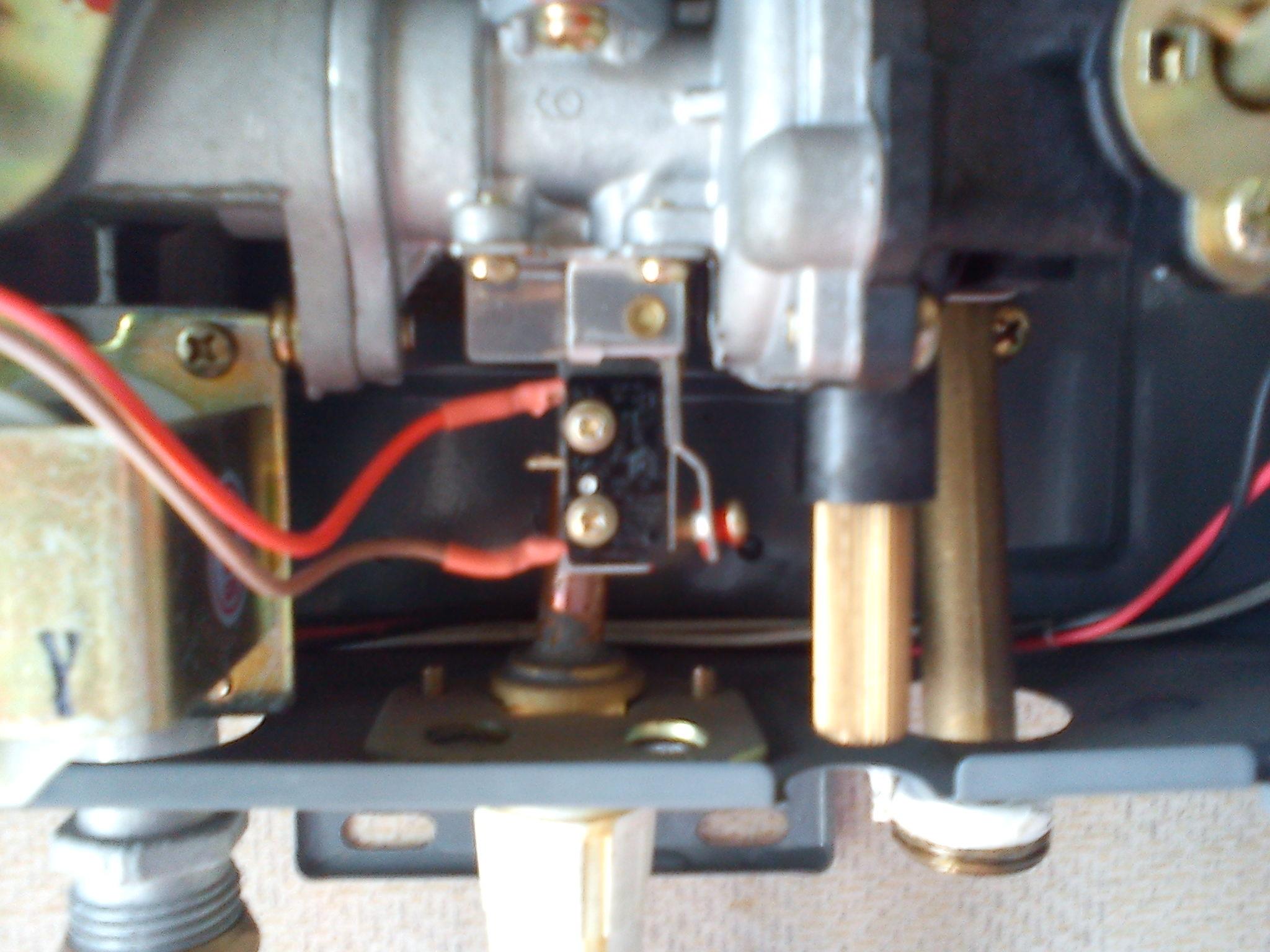 燃气热水器换了电池以后水没有以前的热了 是怎么回事图片