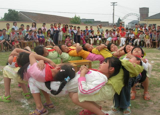 体育相互支撑游戏