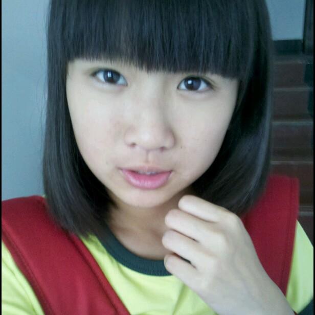 高中漂亮女生照片_求初中女生的照片,漂亮的 ...