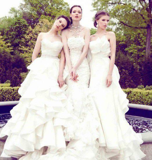 三张三人闺蜜头像(是一张里有三个人的那种)要一个系列的,不带字,不要图片