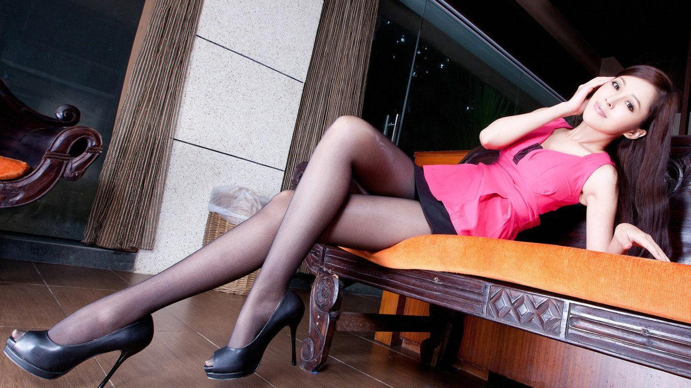 滑丝袜台湾佬_这是哪个台湾的丝袜模特?