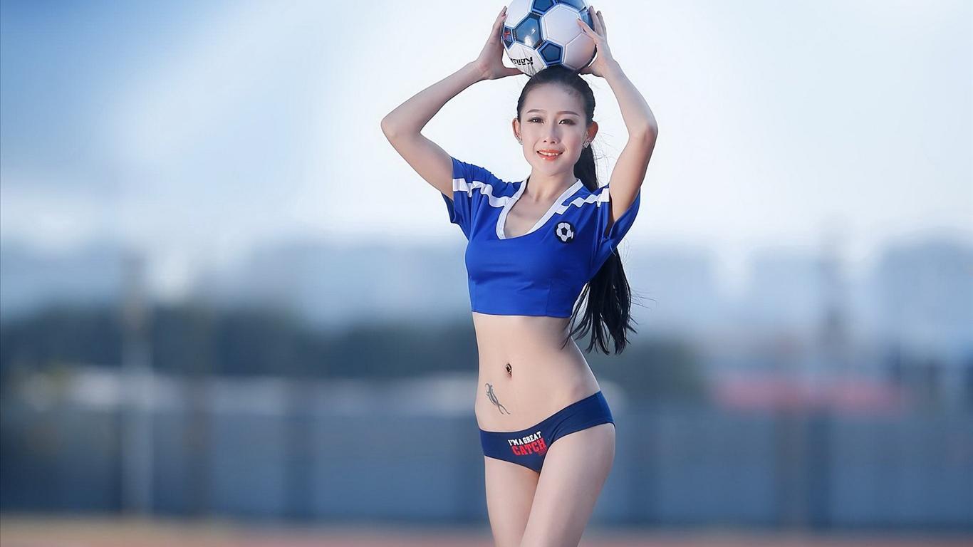 巴西世界杯足球宝贝美女