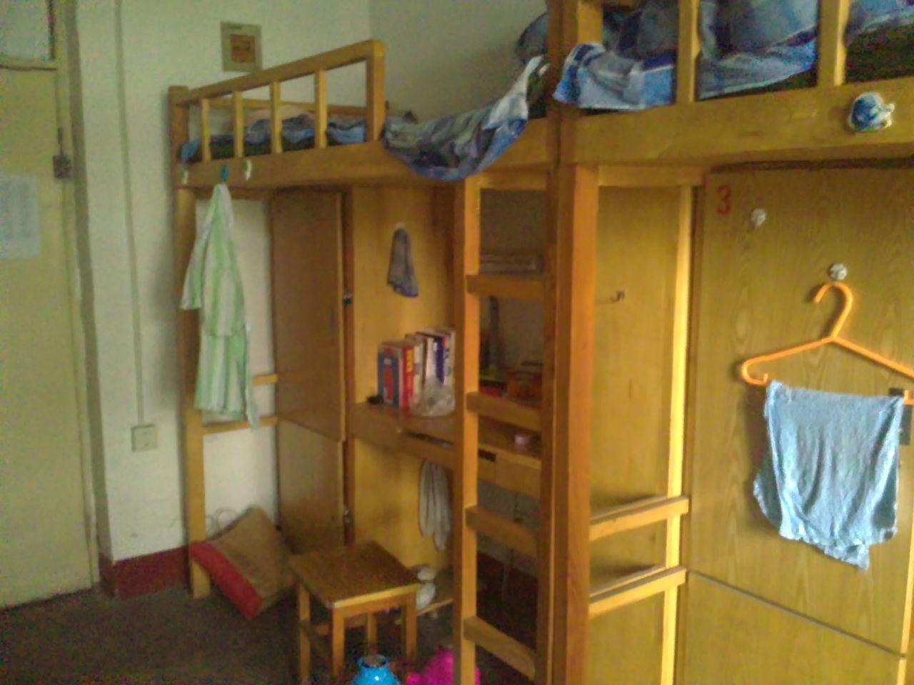 山西大学管理学院的宿舍是么样啊图片